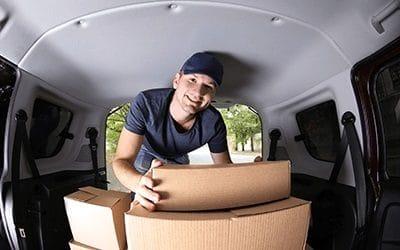 tilavat pakettiautot helpottavat muuttoa